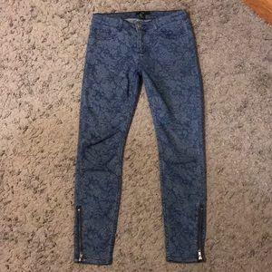 Forever 21 Floral Design Skinny Jeans